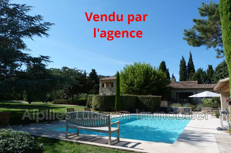 Photo Property Eygalières Proche village,   to buy property  4 bedroom   230 m²