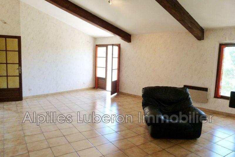 Photo Appartement Eygalières Village,   achat appartement  3 pièces   73m²