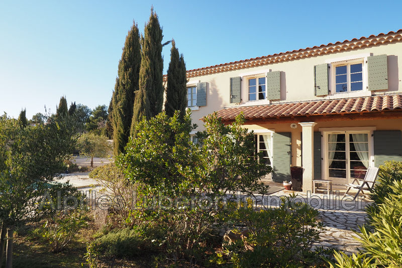 House Eygalières A pied centre-ville,   to buy house  4 bedroom   218 m²