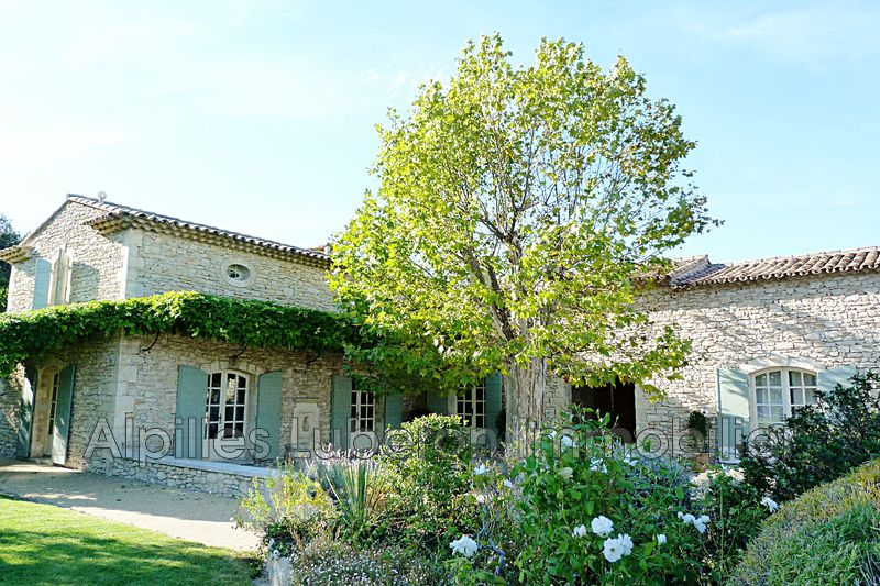 Photo Luxury property Eygalières Proche village,   to buy luxury property  5 bedroom   370 m²