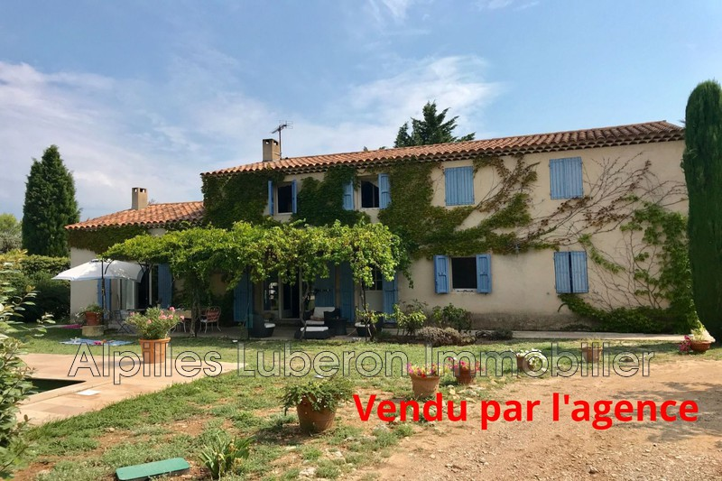 Photo House Eygalières Proche village,   to buy house  5 bedroom   240 m²