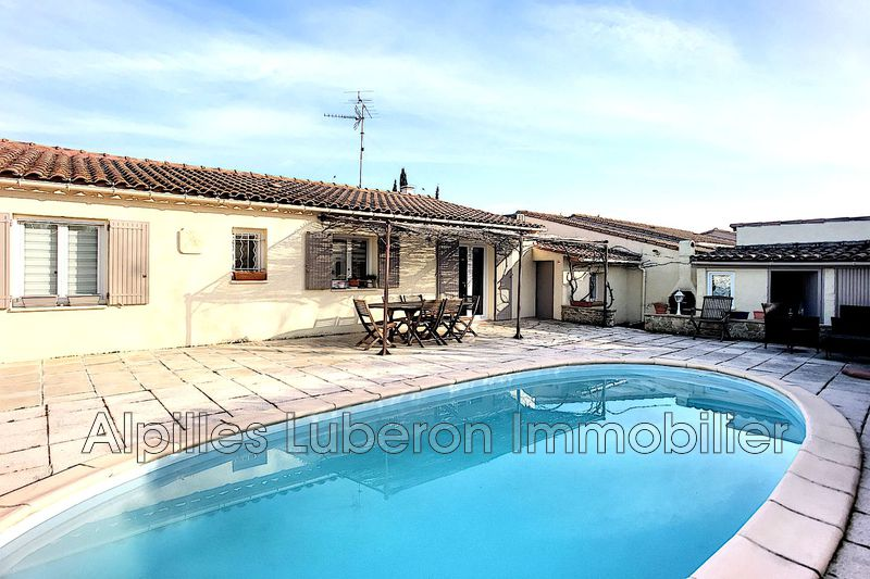 Villa Mollégès Proche village,   achat villa  4 chambres   90m²
