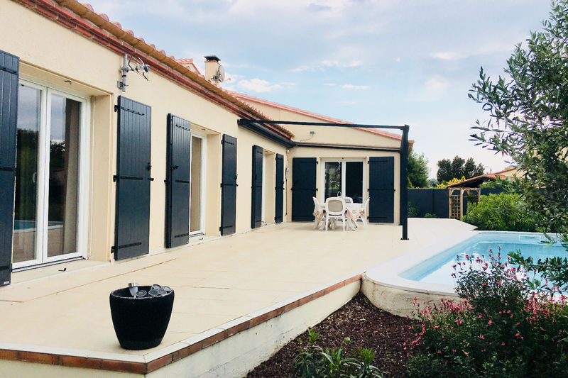 Villa Palau-del-Vidre   achat villa  4 chambres   178m²