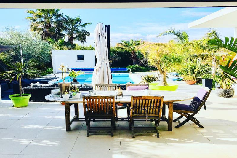 Villa Saint-Cyprien   achat villa  4 chambres   170m²