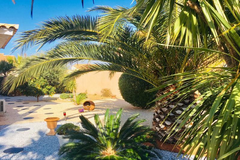 Villa Saint-Cyprien   achat villa  3 chambres   113m²