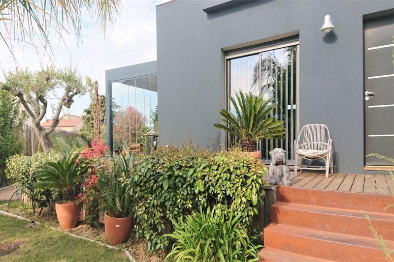 Photo Maison contemporaine Saint-Cyprien Village,   achat maison contemporaine  4 chambres   130m²