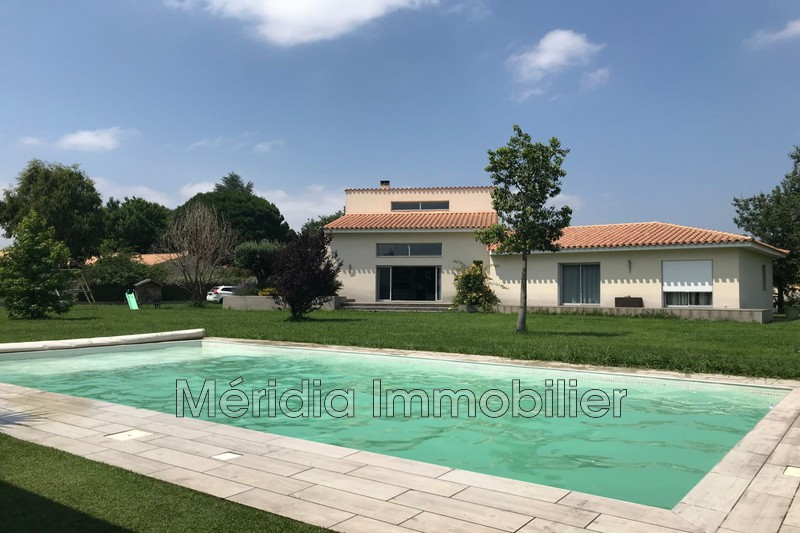 Photo Maison contemporaine Millas Millas,   achat maison contemporaine  4 chambres   230 m²