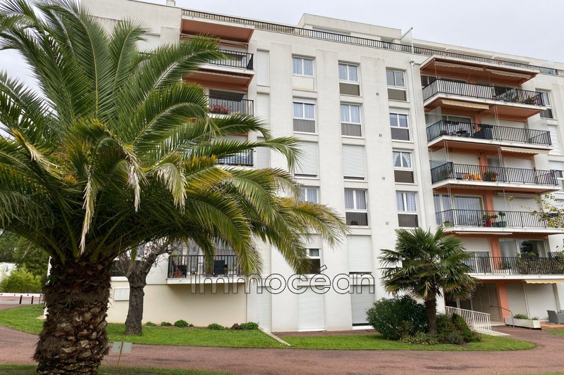 Photo Appartement Royan Centre-ville,   achat appartement  3 pièces   66 m²