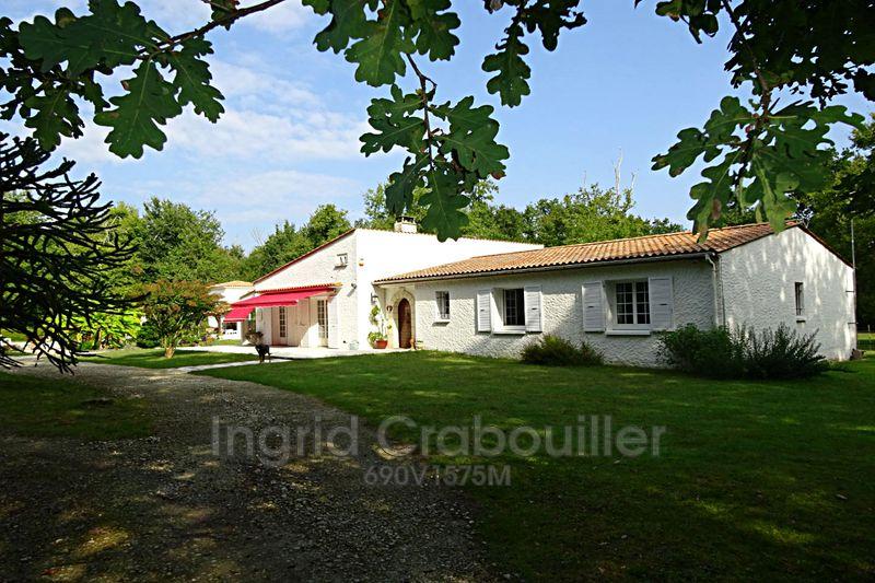 Propriété Vaux-sur-Mer   achat propriété  4 chambres   210m²