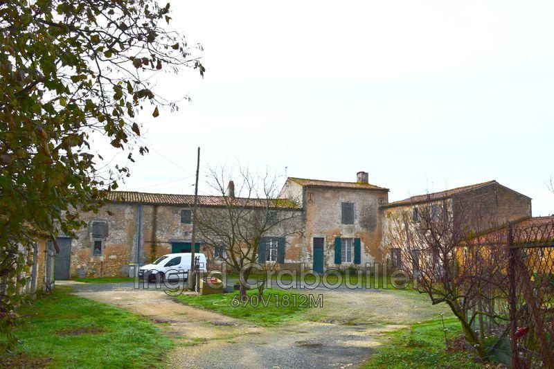 Propriété La Gripperie-Saint-Symphorien   achat propriété  2 chambres   100m²
