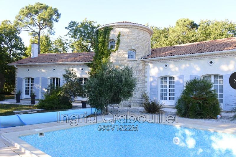 Photo Maison Breuillet   achat maison  7 chambres   280m²