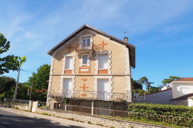 Photo Villa Saint-Palais-sur-Mer Proche plages,   achat villa  6 chambres   220m²