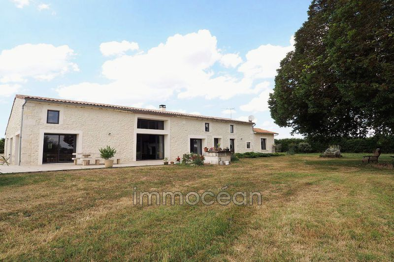 Photo Maison en pierre Semussac   achat maison en pierre  3 chambres   200m²