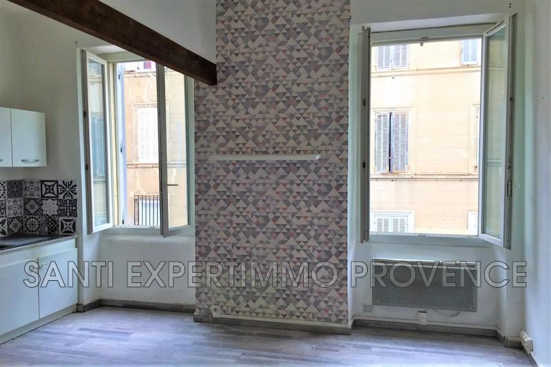 Photo n°2 - Location appartement Marseille 13006 - 520 €