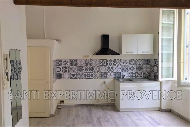 Photo n°3 - Location appartement Marseille 13006 - 520 €