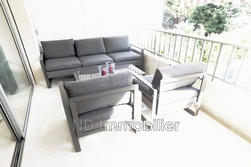Photo Apartment Cannes Carre d'or,   to buy apartment  3 rooms   58 m²