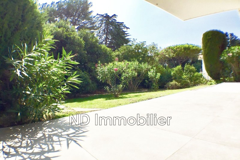 Photo Apartment Cannes Montrose,   to buy apartment  3 rooms   72 m²