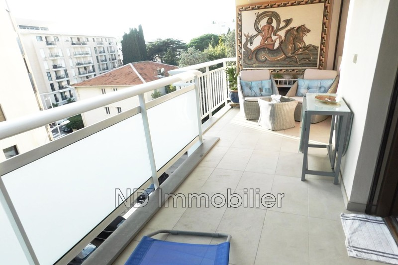 Photo n°1 - Vente appartement Cannes 06400 - 890 000 €