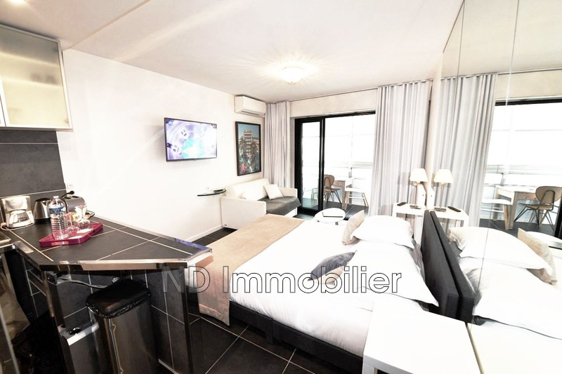 Photo Appartement Cannes Carre d'or banane,   achat appartement  1 pièce   28 m²