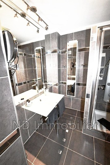 Photo n°4 - Vente appartement Cannes 06400 - 230 000 €