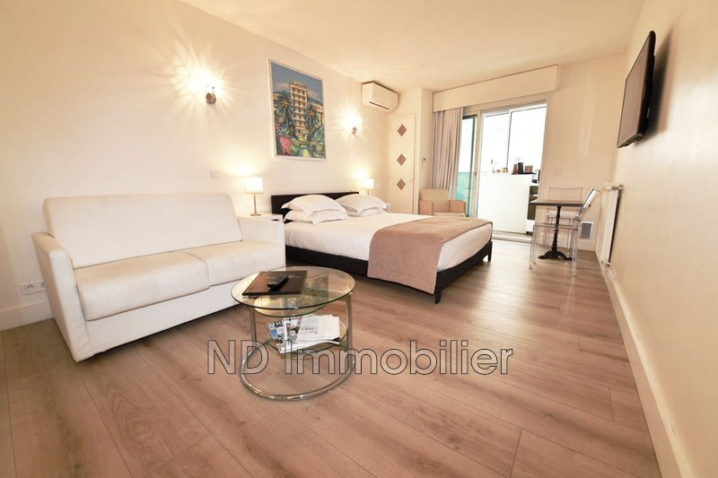 Photo Apartment Cannes Carre d'or banane,   to buy apartment  1 room   29 m²