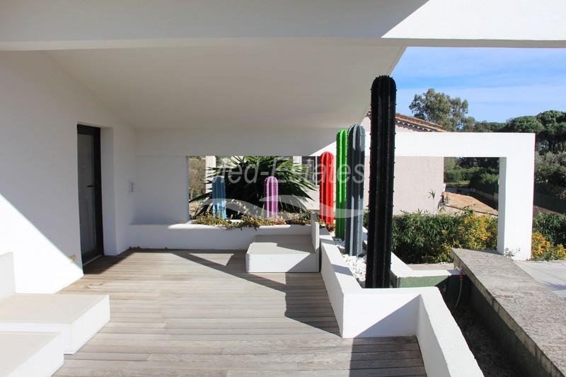 Photo Contemporary house Saint-Tropez Centre-ville,   to buy contemporary house  5 bedrooms   400m²