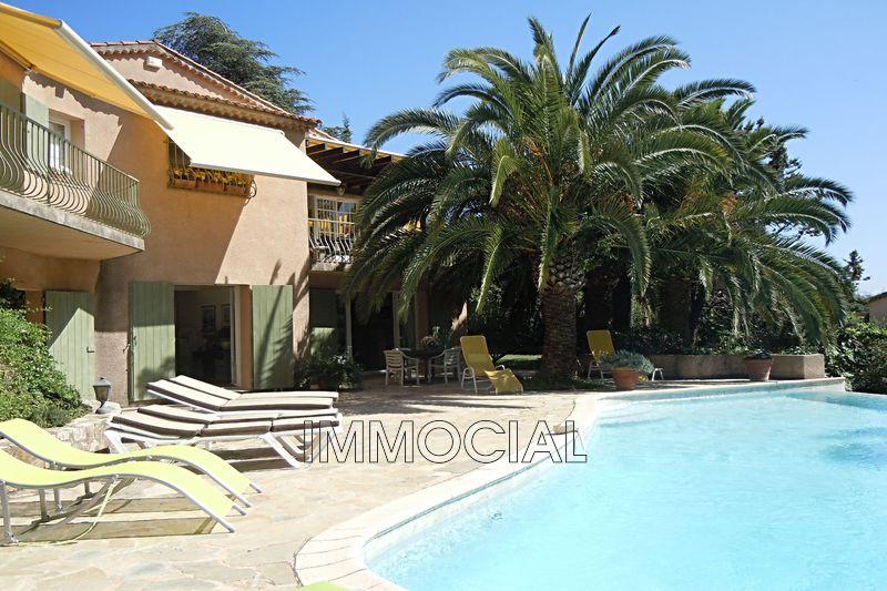 Villa Théoule-sur-Mer Miramar,  Location saisonnière villa  4 chambres   130m²