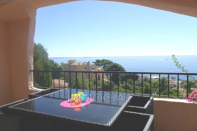 Photo Apartment Théoule-sur-Mer Port la galère,   to buy apartment  2 rooms   50 m²