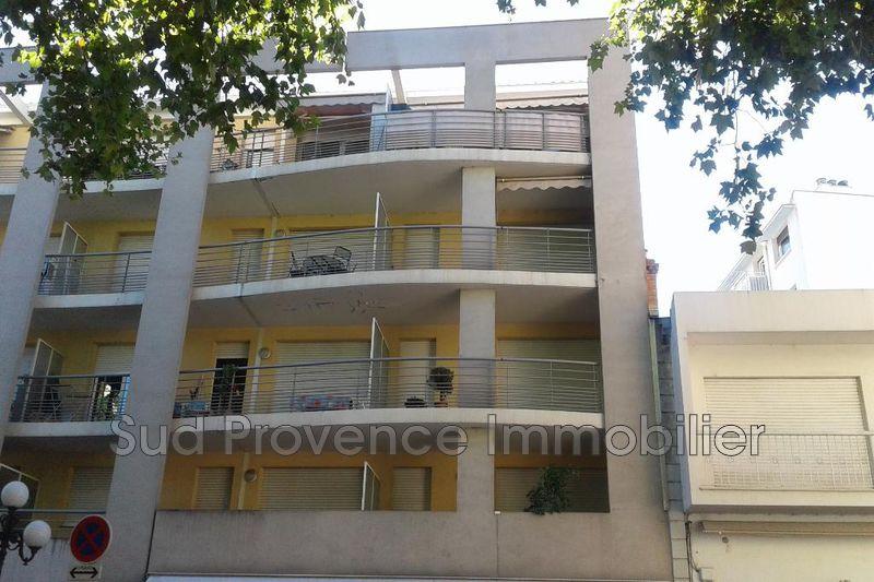 Appartement Cagnes-sur-Mer Centre-ville,  Location appartement  3 pièces   65m²