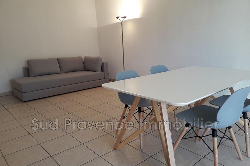 Photo Appartement Cagnes-sur-Mer Centre-ville,  Location appartement  3 pièces   65m²