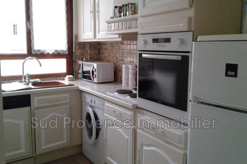 Photo Appartement Antibes Centre-ville,  Location appartement  3 pièces   57m²