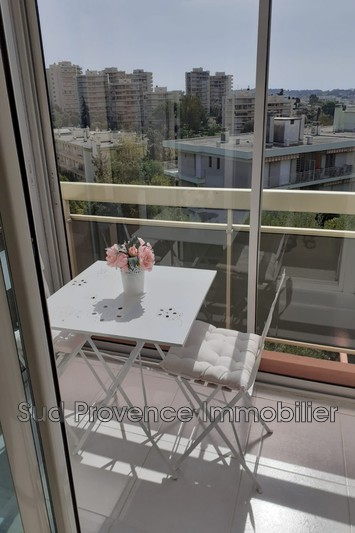 Photo Appartement Juan-les-Pins Badine,  Location appartement  3 pièces   62 m²