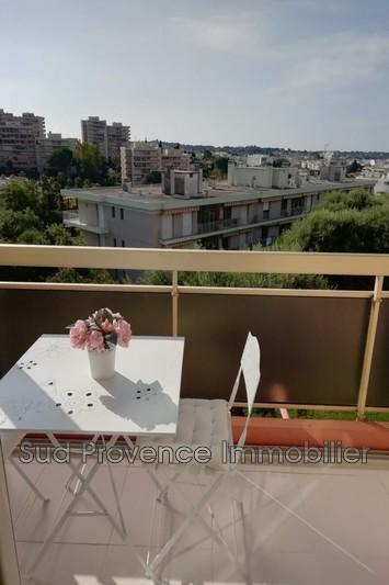 Photo Appartement Juan-les-Pins Badine,  Location appartement  3 pièces   62m²