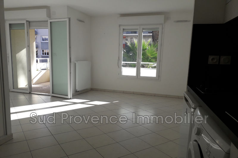 Photo Appartement Nice Valrose,  Location appartement  1 pièce   27 m²