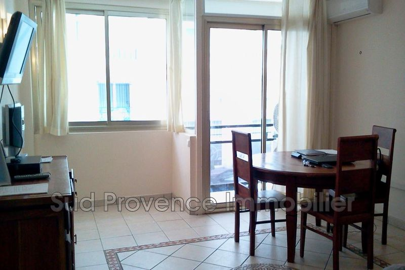 Photo Apartment Cannes Proche croisette,   to buy apartment  2 rooms   49 m²