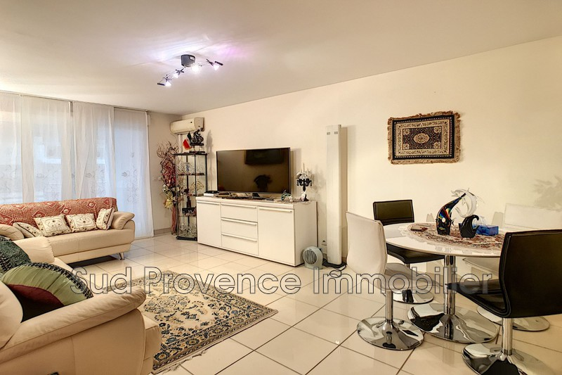 Apartment Antibes Centre-ville,   to buy apartment  3 rooms   67 m²