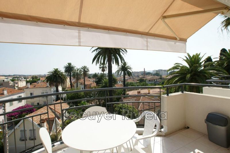 Photo Appartement Golfe-Juan Centreville,  Location appartement  2 pièces   44 m²