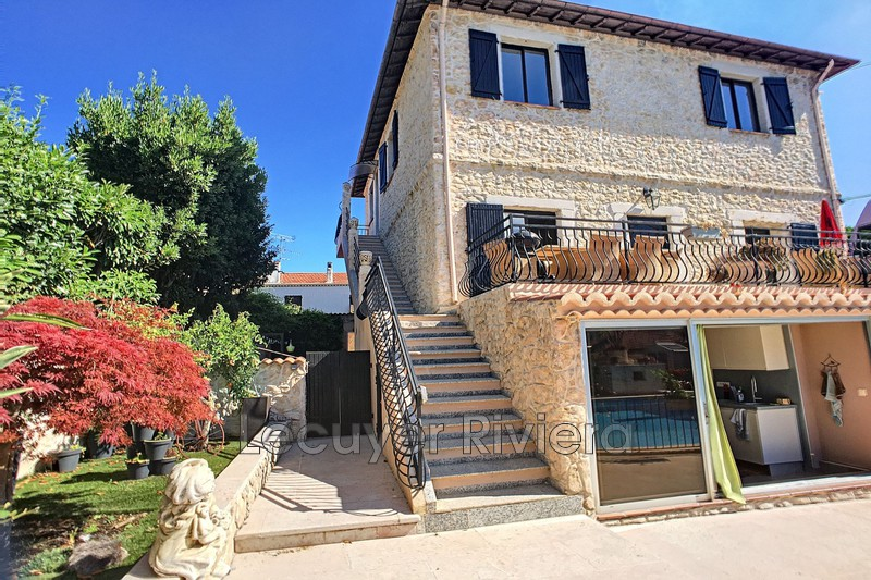 appartement  4 pièces  Antibes Antibes centre  99m² -