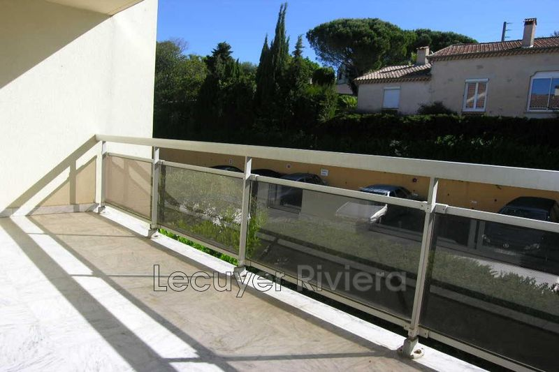 Photo Apartment Vallauris Lintier,  Rentals apartment  2 rooms   37 m²