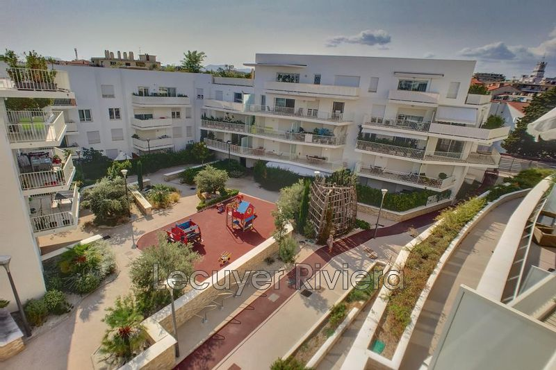 Photo Appartement Cannes Centreville,  Location appartement  3 pièces   78 m²