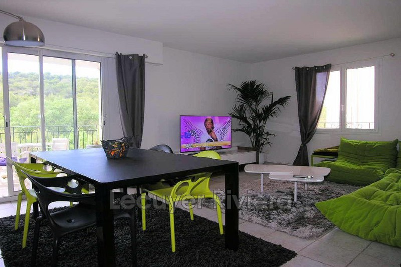 Photo Appartement Mougins Mougins le haut,  Location appartement  3 pièces   68 m²