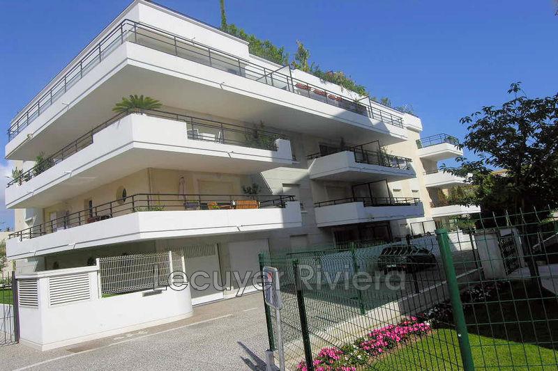 Photo Apartment Golfe-Juan Centre-ville,  Rentals apartment  2 rooms   47m²