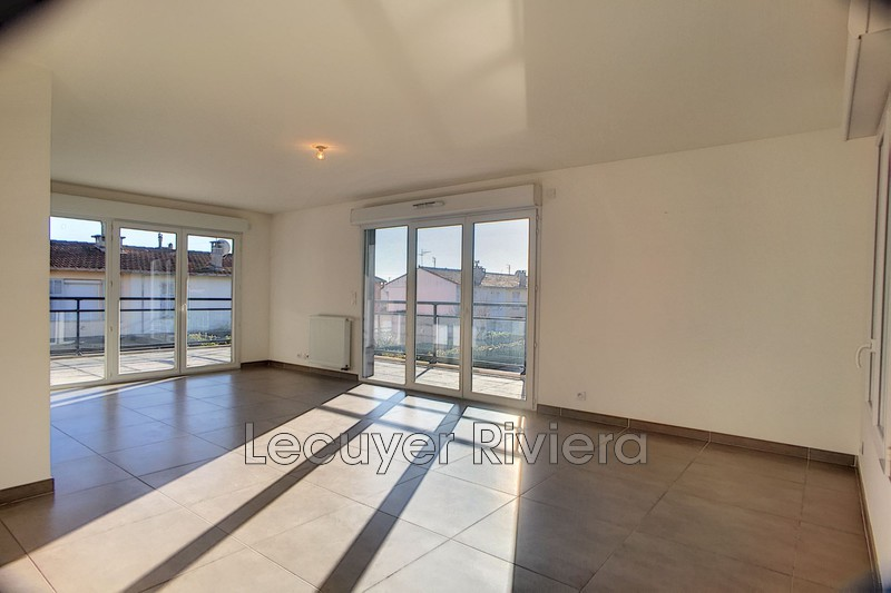 Photo n°5 - Location appartement Golfe-Juan 06220 - 1 525 €