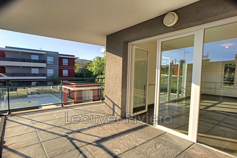 Photo n°2 - Location appartement Golfe-Juan 06220 - 1 525 €