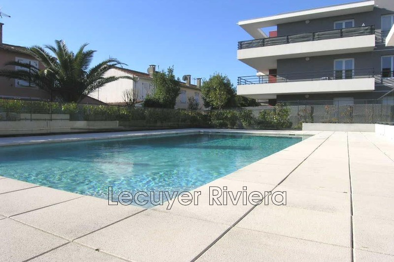 Photo Appartement Golfe-Juan Pompidou,  Location appartement  2 pièces   46 m²