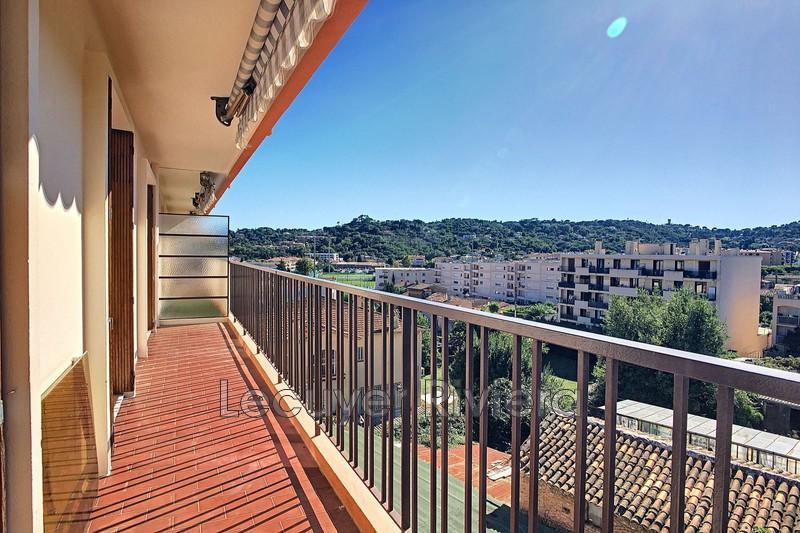 Photo Appartement Vallauris Centre-ville,  Location appartement  2 pièces   47m²
