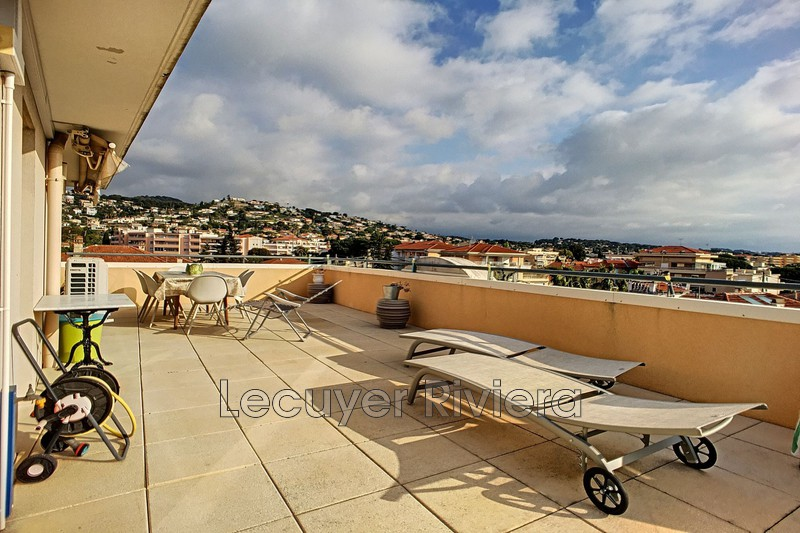 appartement  3 rooms  Golfe-Juan Focus  64 m² -