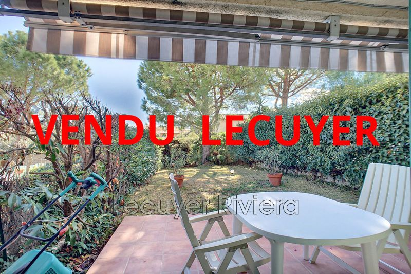 Photo Maison Golfe-Juan Collines,   achat maison  2 chambres   68m²