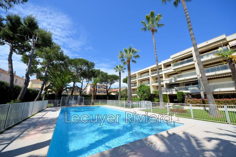 Photo Apartment Golfe-Juan Proche centre,   to buy apartment  2 rooms   51 m²
