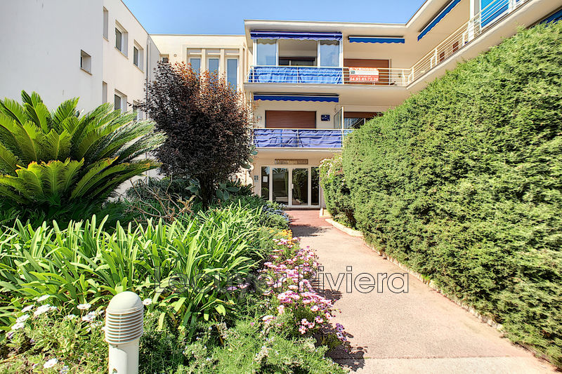 Photo Apartment Golfe-Juan Centre-ville,   to buy apartment  1 room   28 m²